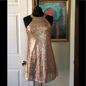 Gold sequined dress. S